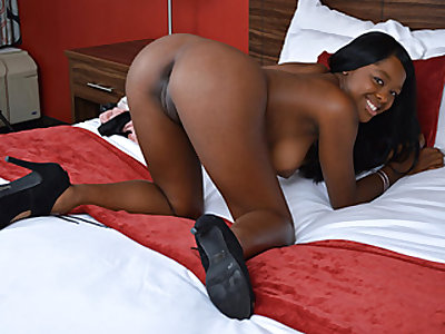 Bashful Black Stunner Heads Nasty